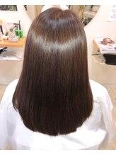 美容室カトレヤ髪質改善・サイエンスアクアで、サラツヤヘアに♪