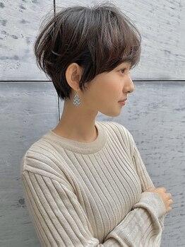 トゥーナ 表参道(tona)の写真/《to/naのショートカットへのこだわり》頭の形・髪質・理論に基づく安定のカットを提供【表参道/青山】