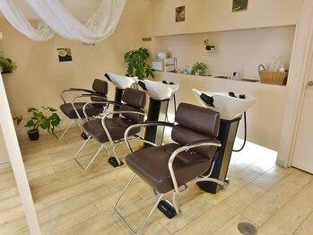 美容室 タンビア(tanbia)の写真/お顔のリフトアップや血行促進、ストレス解消、毛穴のクレンジングまで、トータルケアできると大人気☆
