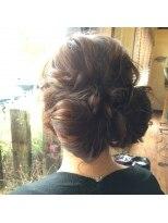 ヘアアンドヒーリング クローバー(Hair&Healing Clover)RIBON