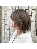 アルマヘアー(Alma hair by murasaki)顔周りにレイヤーボブ
