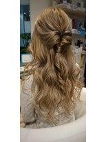 ヘアーリゾートラシックアールプラス(hair resort lachiq R+)《R+》ヘアアレンジ☆ハーフアップ☆ロング