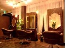 ファイブスター(fivestar)の雰囲気(セット面4席の小さな美容室です♪)