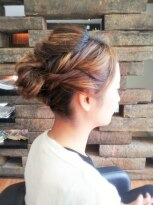 【ENTRANCE*佐竹】ふんわり・オトナっぽい♪ねじり編み込みヘア
