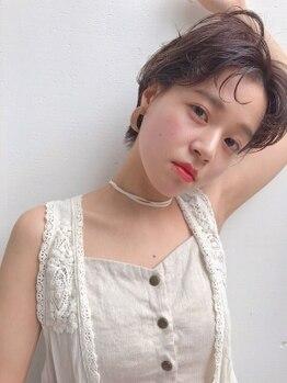 ケシキ 佐賀(keshiki)の写真/ショートで魅せるオトナ可愛いstyle。シルエットや抜け感にこだわり、女性らしさ漂うstyleに☆
