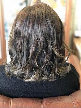 ヘアーメイク ガーデン(hair make GARDEN)の写真/【帯山 国体通り】SNSで話題のカラー≪THROW≫取扱い◎驚きの透明感と手触りで、理想を叶える♪