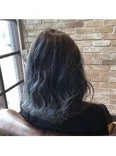 リーヘア(Ly hair)ホワイティブルーグラデーション