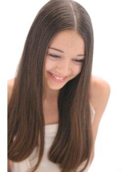 """ヴァルヘア ヤギシタ 松原店(VALHAIR YAGISHITA)の写真/遠方から通うファンも多い""""VALHAIR""""の縮毛矯正!高い技術&的確な毛髪診断で、憧れの美髪に変身★"""