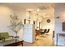 ヘアーサロン ポルト(hair salon Porto)の雰囲気(店舗拡大でオープン。落着きのある店内で、満足度アップ♪)