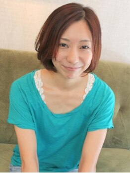 レンガ(renga)の写真/【西新】家でも簡単にスタイリングできるカット。輪郭にそって丁寧にカットしていくから、小顔スタイルに♪