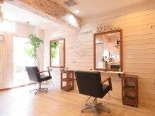 ラウンジアンドヘアープラスグランツ(lounge&hair+grants)の雰囲気(白を基調としたゆったりくつろげるプライベート空間。(西鉄高宮))