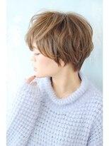 【Blume COSTA] サイドのショートシルエット