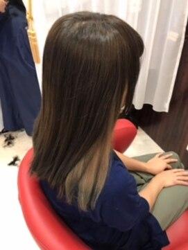 ヘアーメイク カリユ(HAIR MAKE kariyu)インナーカラー