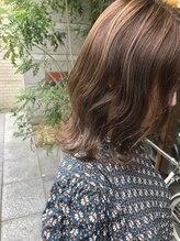 ニコアヘアデザイン(Nicoa hair design)ナチュラルハイライト