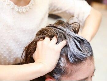 ヘアートップス hair top'sの写真/『地肌のお手入れ・毛穴のお掃除・毛先のトリートメント』の3つの効果☆頭皮のデトックスにオススメ!