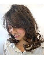 アワヘアー 表参道(awa hair)【butterfly 和田】ウェイトデザイン×クリーピングカール