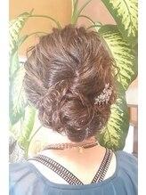 ヘアドゥ デ コントラクテ 宮の沢店(hair do Decontracte)大人アップ
