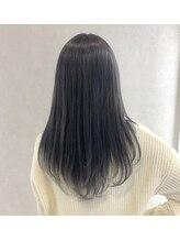 髪のことを知り尽くしたハイキャリアstylistによる、【施術】