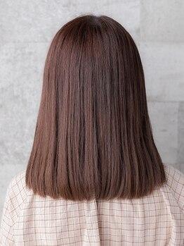 ソラネル(SOLENNEL)の写真/【ベルモール前】まっすぐ過ぎない自然な仕上がりが◎髪をいたわる上質薬剤で艶やか&柔らかな質感を実現♪