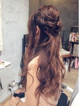 編み込みハーフアップアレンジ(結婚式の髪型) 二次会などのアレンジに☆簡単ハーフアップ