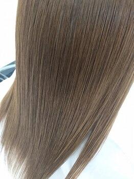 ラ ヴァン(Le Vent)の写真/クセ毛を美髪に!!ナチュラルストレートで美しいツヤ髪に変身☆ボリュームやうねりが気になる方にも◎
