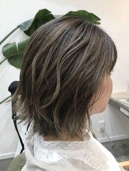 クーラペ(Cura Per hair garden)の写真/【4/1 NEW OPEN】本物志向の女性の気品を更に格上げする技術力に感動◆今の貴女にフィットするスタイルに。