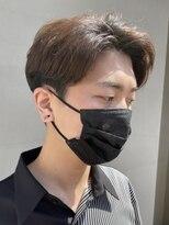 ヘアー アイス ルーチェ(HAIR ICI LUCE)韓国ヘア センターパート 刈り上げ 担当 井上