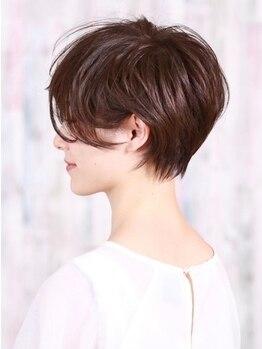 インセンス(insence yamashita)の写真/【insenceのデザインカット】どこから見ても立体的な上品で素敵な、大人ショートを♪