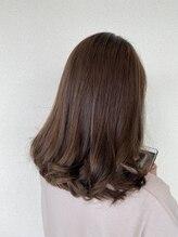 髪こうぼうミディアムスタイル