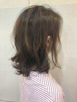 ビラシ(Hair BILASHI)~外ハネミディ~