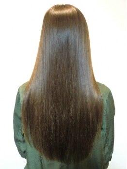 ヘア イコール(hair equal)の写真/【GMT酸性縮毛矯正】が大人気☆酸性ならではの低刺激で、潤ったツルサラを実現!【三国/髪質改善サロン】