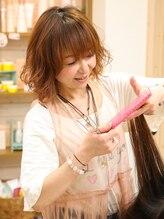 アミー ヘアーコミュニティー(ami hair community)朝野 理津美