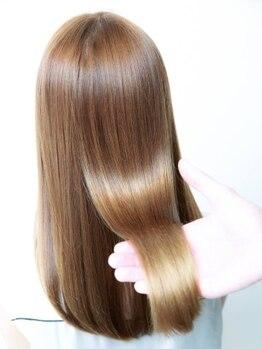 ニューヨークニューヨークマザーズ(NYNY Mothers)の写真/業界最高峰【オッジィオットトリートメント】で誰からも褒められるツヤのある髪へ。