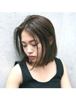 フェス カットアンドカラーズ(FESS cut&colors)『FESS 鶴丸』【オリーブベージュ×切りっぱなしボブ】