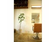 ノーム(NOOM)の雰囲気(オシャレな家具や照明。細部にこだわりが♪)