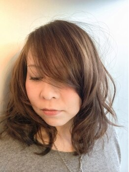 クローバーズヘアー 幕張本郷の写真/大人気の《イルミナカラー》で輝く髪色へ。ダメージレスで透き通った柔らかい質感に…♪