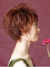 アゲハ プラス ヘア(ageha + hair)春の装いに合わせて脱ボブスタイル! スウィートショート