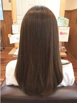 美容室 ウーヴリール(ouvrir)の写真/頑張っている自分にご褒美を♪極上の癒しとうるツヤ髪が手に入る、嬉しいヘッドスパメニューを多数ご用意!