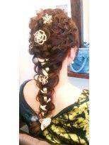 ヘア デザイン クリニック アンテナ(hair design clinic ANTENNA)クラシカル編みこみアレンジ