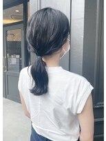 ヘアーアイスカルテット(HAIR ICI QUARTET)ロングヘア グレー アッシュ 暗髪