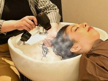 リーフ ヘアアンドリラクーゼーション(Leaf hair&relaxation)の写真/全メニューヘッドスパ付き♪日頃のシャンプーでは落としきれない毛穴汚れを落とし健康な地肌作りへ◎