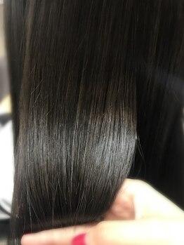 ヘアーメイクゼロ 坂戸駅前店(hairmake zero)の写真/真っ直ぐ『過ぎる』ヘアは卒業!最高級ストレートで傷みを和らげ、ふわり美髪をご提供します*初めての方も!