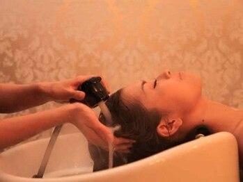 カットハウス ルーシーズ(CUT HOUSE RUCY'S)の写真/『気持ちが良いのはあたりまえ!!』あなたに必要なケアを提案!髪・地肌の悩みも解決してくれる♪