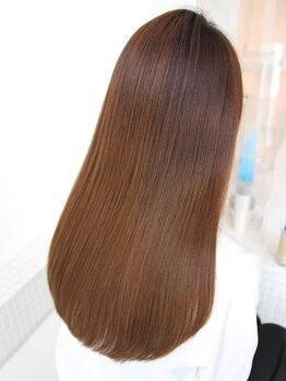 アール ヘアー デザイン(r hair design)の写真/【名駅×完全個室】本質からのなめらかな手触りに…。あなただけのオーダーメイドトリートメントをご提案◎