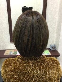 アリエッタ ヘアー カラーズ(arietta)の写真/【高崎江木町・カラー専門店★前髪カット可】根元が気になったらすぐに行ける♪明るい白髪染めも有ります◎