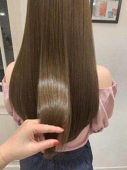 エクリ シセイドウ 麻布十番店(equri×SHISEIDO)の写真/クセや乾燥などからのパサつきやゴワつきも髪質改善<酸熱トリートメントサブリミック>で艶髪へ導く。