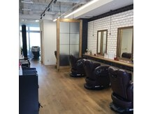 バーバーショップ テト キタヤマ(barber shop tete kitayama)の雰囲気(大人メンズ専門の落ち着いた雰囲気。)