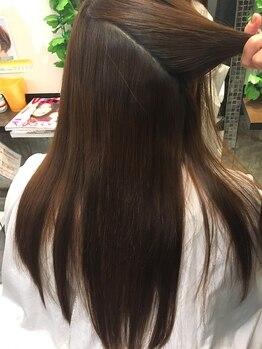 ビューティーアンドキュア ウルル(beauty&cure ULURU)の写真/梅雨の時期におすすめ◎髪が生まれ変わるオリジナル縮毛矯正!艶・ハリのある髪を導き驚くような仕上がりに!