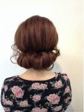 ヘアーラックス(HAIR LAX)【ヘアセット】ギブソンタックスタイル♪♪