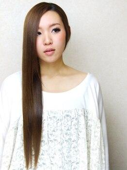 エムスヘアーショップ(M's)の写真/今までにないツヤ感☆キラ髪縮毛矯正♪髪の深部から修復し、扱いやすい輝く美髪に変身出来ちゃう!